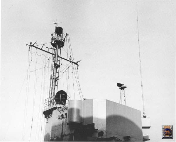 _A_Mast_Frame_41_showing_Attached_Antennas